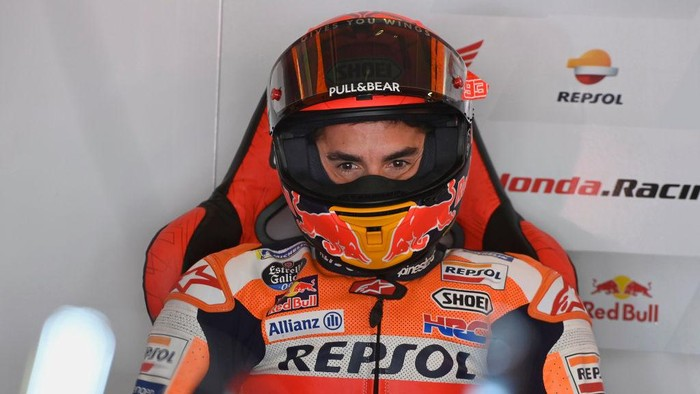PORTIMAO, PORTUGAL - APRIL 16: Marc Marquez of Spain and Repsol Honda Honda looks on in box during the MotoGP of Portugal - Free Practice at Autodromo Internacional Do Algarve on April 16, 2021 in Portimao, Portugal. (Photo by Mirco Lazzari gp/Getty Images)