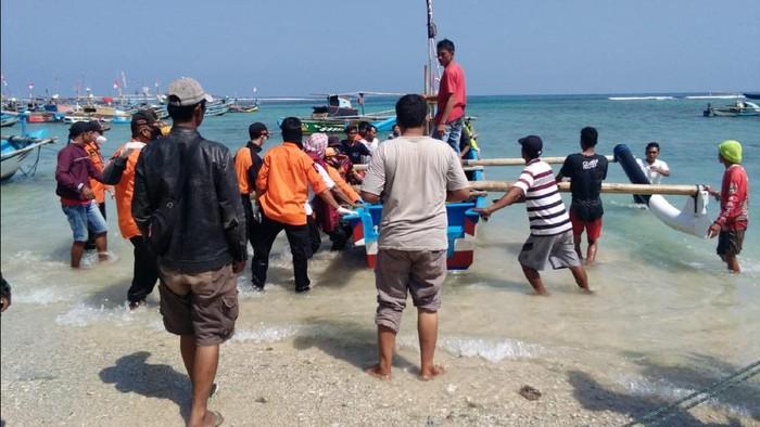 Nelayan yang hilang tergulung ombak di Sukabumi ditemukan tewas