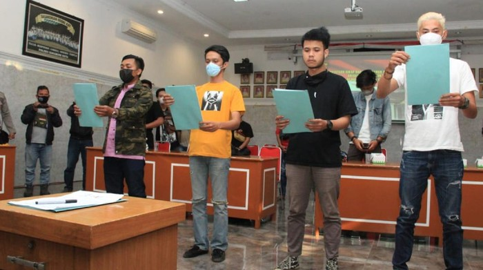 Petinggi kelompok motor di Sukabumi janji hijrah