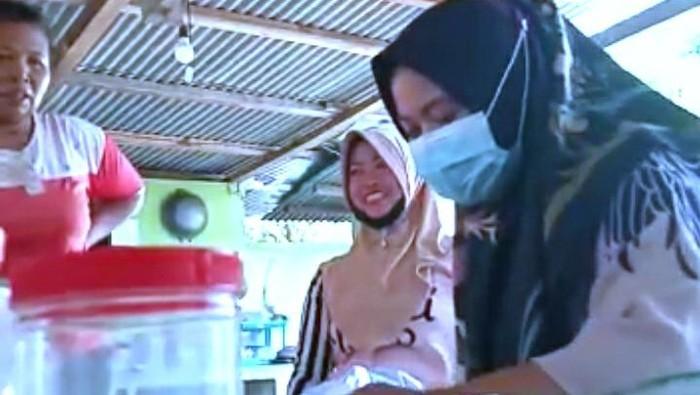 Scrensoot video viral di medsos diduga petugas KPPS ajak pilih salah satu paslon di PSU Pilgub Jambi