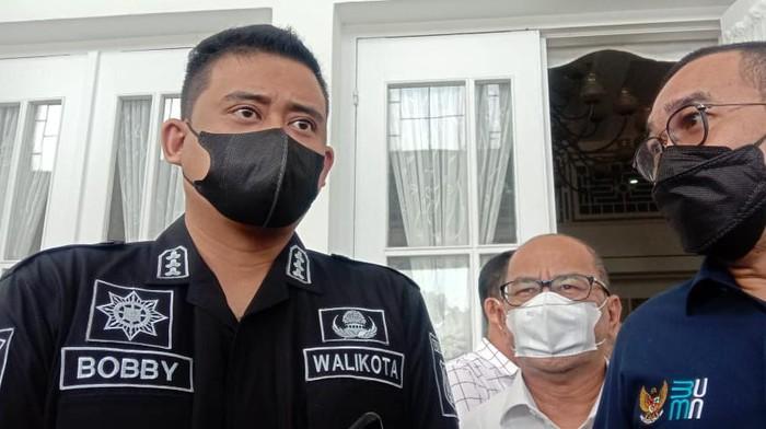 Bobby Nasution (kiri)/Ahmad Arfah-detikcom