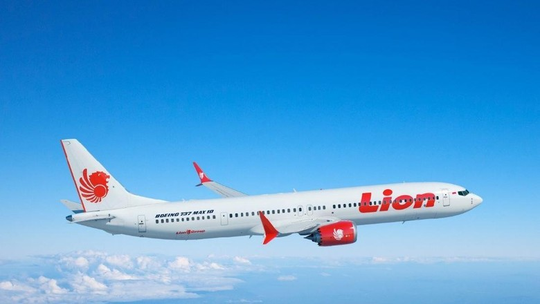 Boeing and the Lion Air Group today announced the airline purchased 50 of Boeings new 737 MAX 10 airplane, which will be the most fuel-efficient and profitable single-aisle jet in the aviation industry. This rendering shows the airplane in the carriers livery. (Boeing illustration) (PRNewsfoto/Boeing)