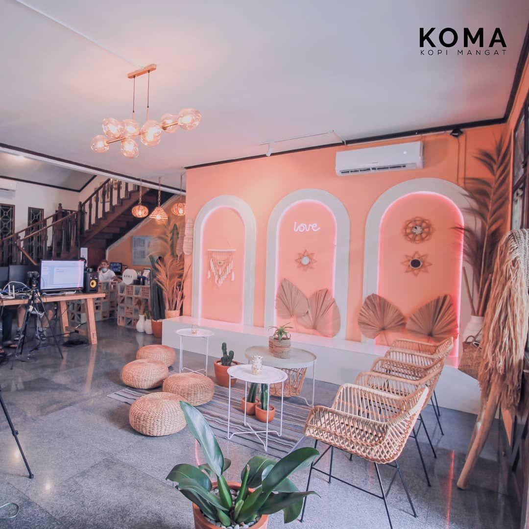 5 Kafe Bernuansa Bali Ini Bernuansa Asri dan Nyaman