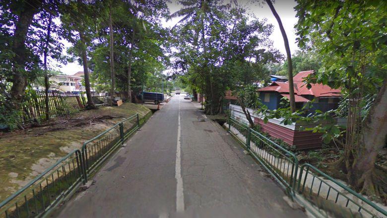 Jalanan di Kampong Lorong Buangkok, Singapura