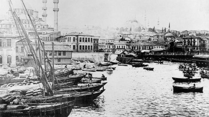 Tepat hari ini 568 tahun yang lalu atau 29 Mei 1453, Kekaisaran Turki Utsmani berhasil mencatatkan sejarah besar dengan menaklukkan Konstantinopel.