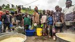 Pengungsi Gunung Berapi di Kongo Berebut Bantuan Makanan