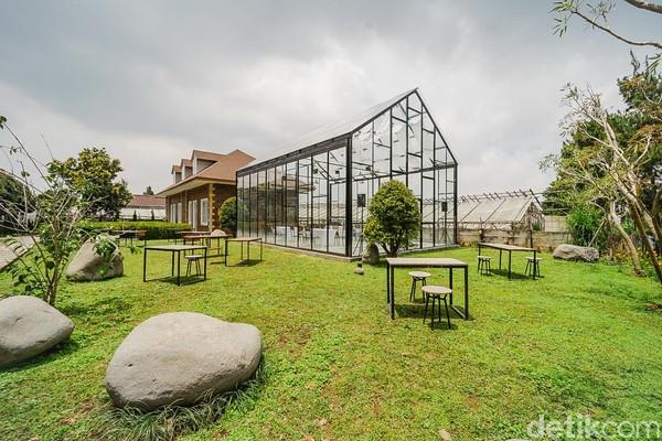 Tempat menginap yang berlokasi di Jalan Nagrak Kulon, Desa Sukajaya, Kecamatan Lembang, Kabupaten Bandung Barat itu bisa masuk daftar kunjungan saat menyambangi Lembang.