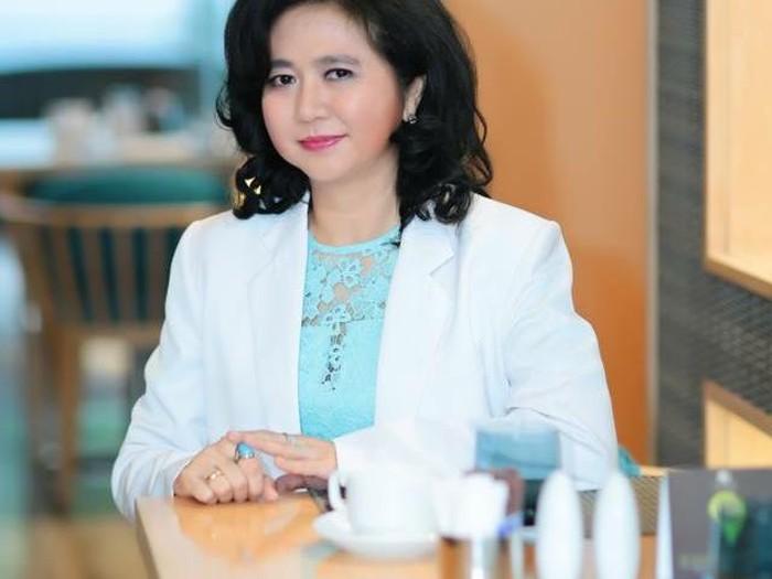 Foto dokter spesialis gizi klinik  dr Cindiawaty Josito Pudjiadi MARS, MS, SpGK.