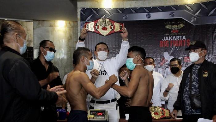 Ada turnamen tinju Jakarta Big Fights XIV yang mempertandingkan 14 duel