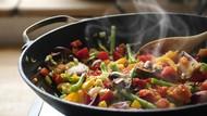 6 Makanan yang Tak Boleh Dihangatkan Lagi Karena Nutrisinya Bisa Hilang