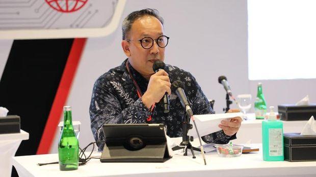 Senior Vice President Corporate Communication & Investor Relations Telkom Indonesia Ahmad Reza