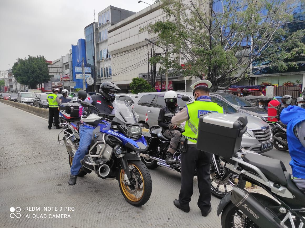 Terobos Busway di Jakpus, Konvoi Moge Ditindak Polisi!