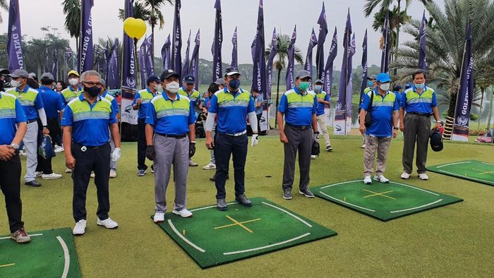Turnamen Golf bertajuk Golfing and Giving yang digelar IKA UII
