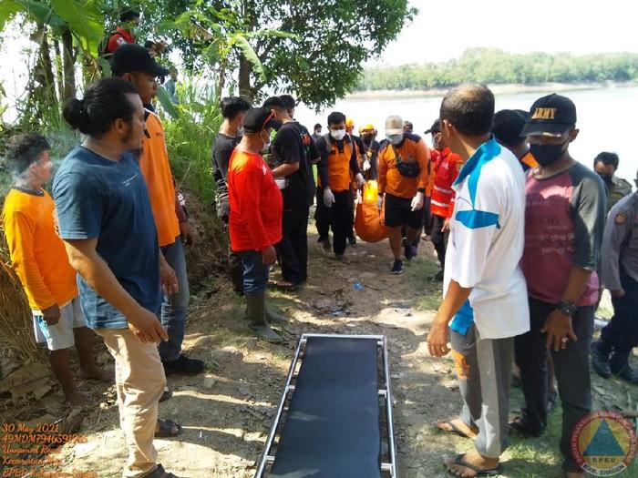 Pemangcing tewas di Waduk Kedungombo, Sragen, Minggu (30/5/2021).