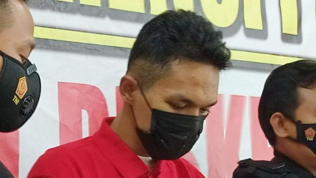 Aldi Arfiansyah, pelaku pembunuhan wanita inisial IW di hotel, Menteng, Jakpus.
