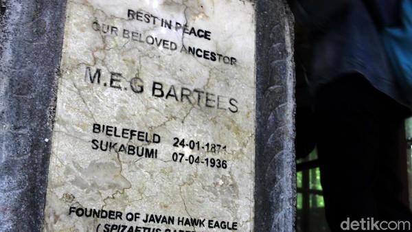 MEG Bartels meninggal pada tanggal 7 April 1936 dan dimakamkan di Pasir Datar sesuai surat wasiat yang disampaikan kepada anak sulungnya, Dr Max Bartels, yang mengharapkan dimakamkan berdekatan dengan museum dan pegunungan.