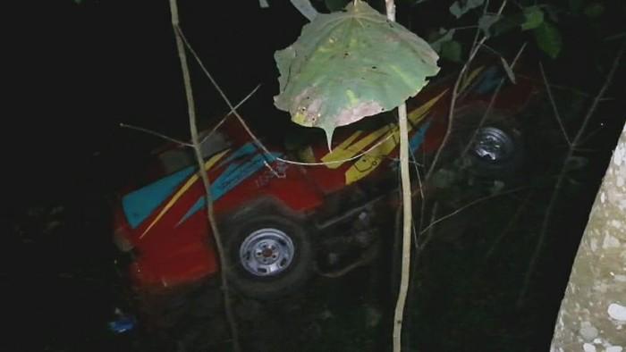 Mobil Terjun ke Jurang di Ciamis
