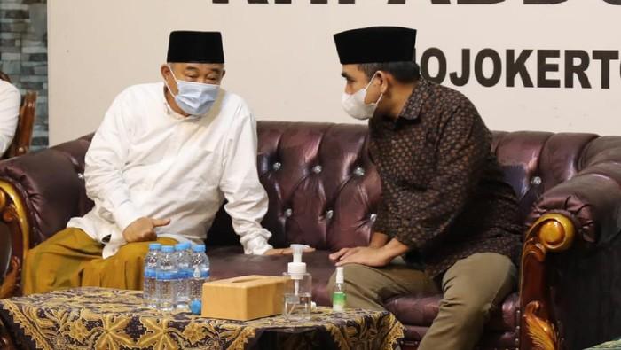 Wakil Ketua MPR Ahmad Muzani bersilaturahmi ke Institute Pesantren KH Abdul Chalim di Pacet, Mojokerto, Jawa Timur.