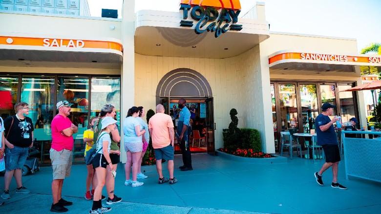 Senangnya Tamu Universal Orlando, Main Tak Perlu Kenakan Masker Lagi