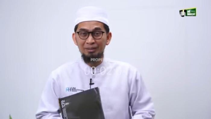 Ustaz Adi Hidayat (UAH)