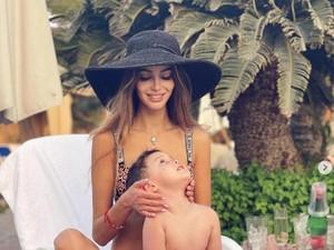 Miss Moscow Eks Istri Sultan Kelantan Foto Berbikini, Netizen Bahas Agama