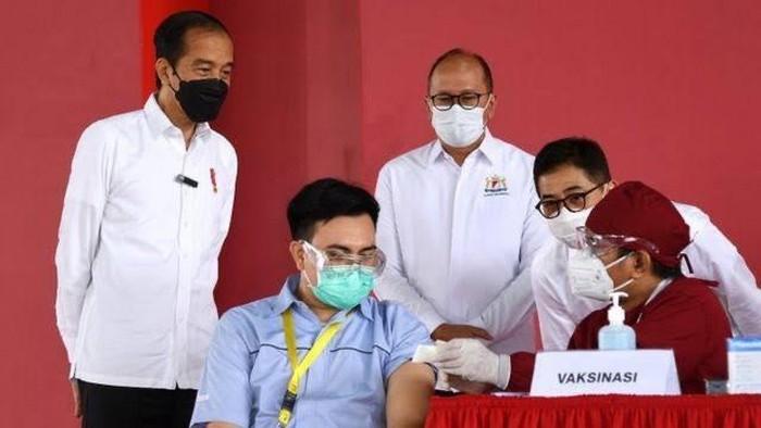 Gencarnya vaksinasi dalam upaya mengakhiri pandemi di Indonesia disambut baik dan optimisme oleh dunia usaha. Indonesia diyakini mampu kalahkan Covid-19.