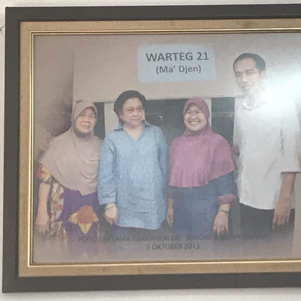 5 Warteg Ini Jadi Langganan Publik Figur, Presiden Jokowi hingga Sophia Latjuba