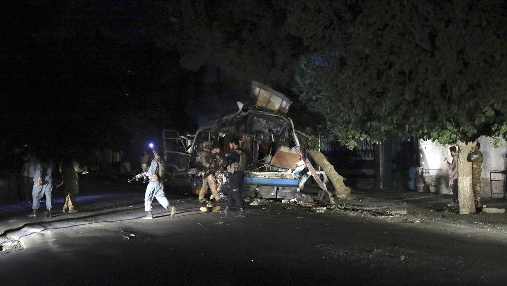 Afghanistan Gelap Gulita Pasca Ledakan Tiga Bom