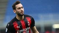 Calhanoglu: Besok! Saya Tanda Tangan Kontrak dengan Inter
