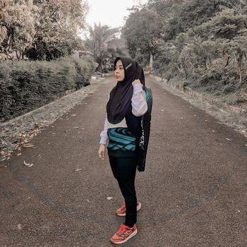 Hijab olahraga dari Gresscarf.