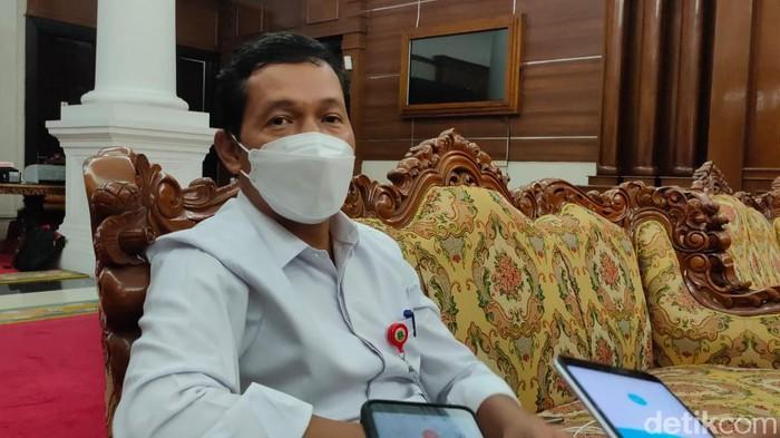 Kepala BKD Banten Komarudin
