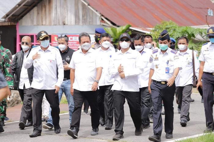 Menteri Trenggono dorong aktivitas usaha di PPS Bungus karena memiliki komoditas tuna unggulan.
