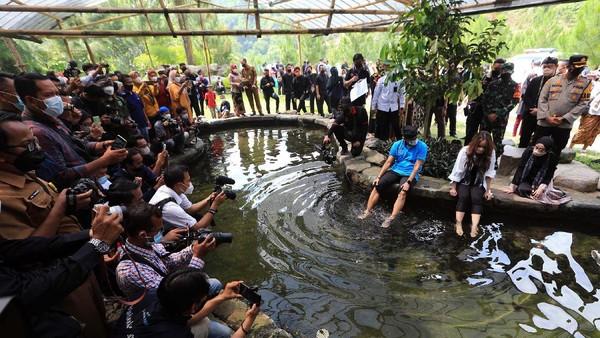 Kunjungan ini dalam rangka Sosialisasi Anugerah Desa Wisata Indonesia 2021 bertajuk Indonesia Bangkit.