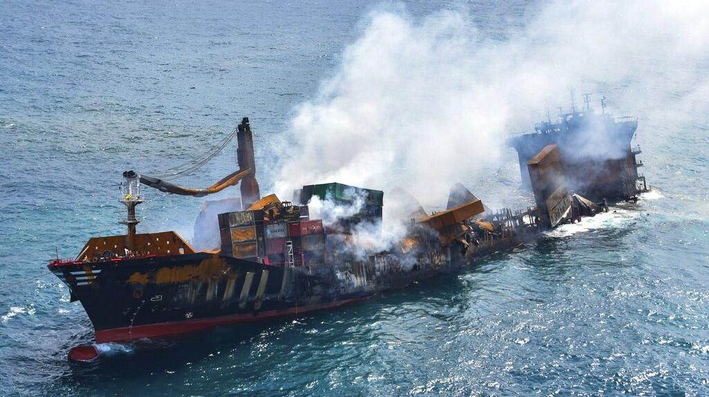 Sri Lanka Terancam Bencana Lingkungan Gegara Kapal Kargo Ini
