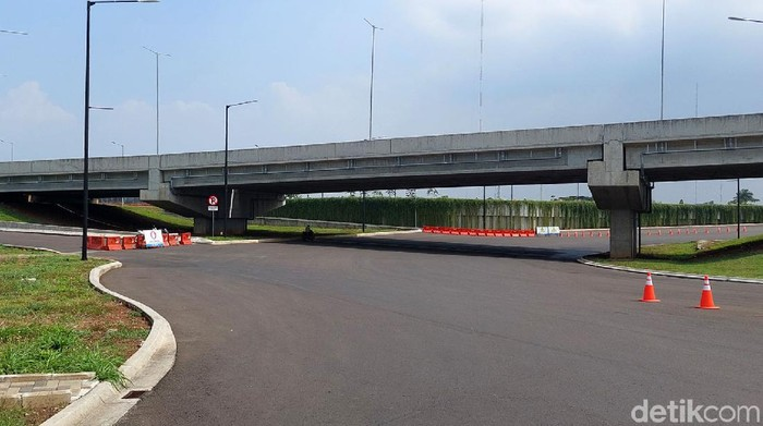 Proyek Interchange KM 149 Tol Padaleunyi di kawasan Kota Bandung belum beroperasi. Bagaimana kondisinya kini? Berikut potretnya.