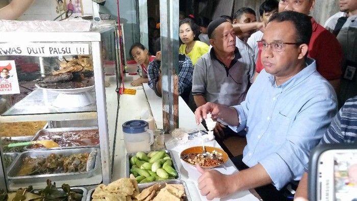 Anies Baswedan hingga Agus Yudhoyono Makan di Warteg, Ini Pilihan Lauknya!