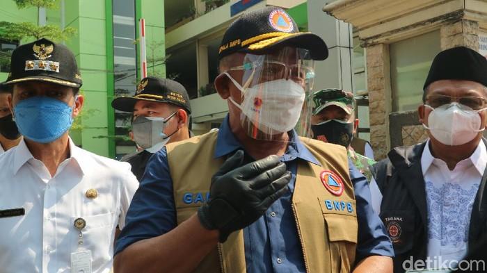 Kepala BNPB sekaligus Ketua Satgas COVID-19 Letjen TNI Ganip Warsito