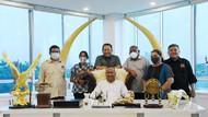 Ketua MPR Dukung Solo Touring Wartawan Perempuan Sejauh 17.000 Km