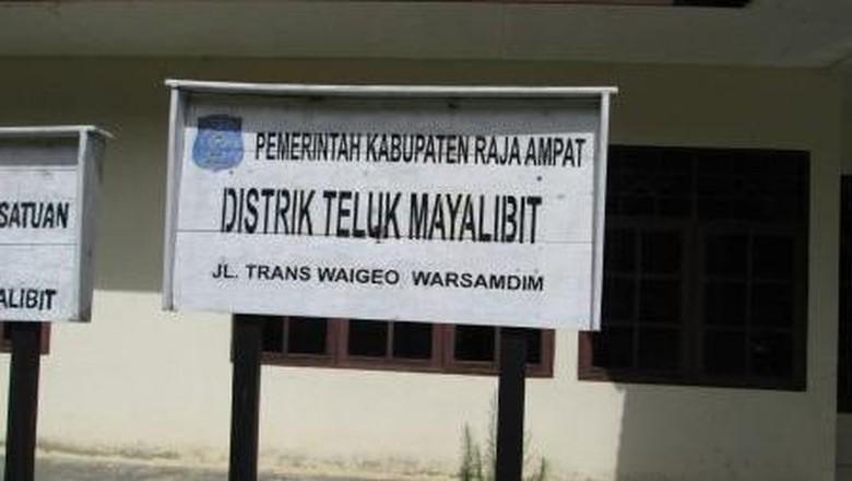 Papan Nama Distrik di Papua