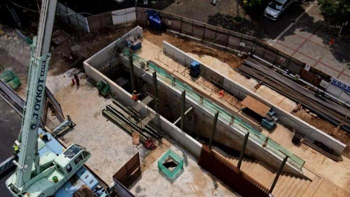 Kementerian PUPR mengungkapkan progres fisik pembangunan terowongan silaturahmi Masjid Istiqlal dengan Gereja Katedral sudah mencapai 61%.