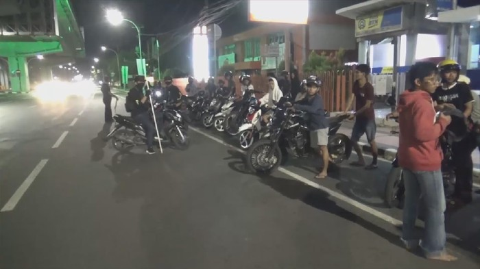 Belasan remaja terciduk saat polisi gelar razia balap liar di Makassar
