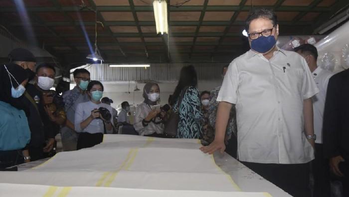 Menko Perekonomian mengunjung sentra industri kecil menengah di Majalaya
