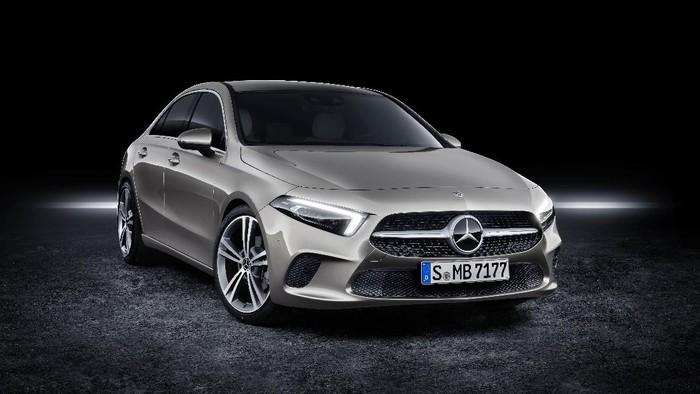 Mercedes-Benz A 200 Sedan Progressive Line