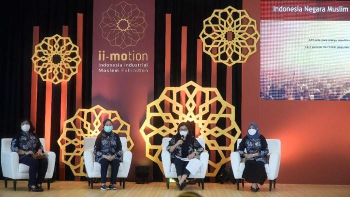 Pameran Indonesia Industrial Moslem Exhibition (ii-Motion) 2021 digelar di ICE BSD, Serpong, Tangerang, Banten. ii-Motion 2021 dibuka oleh Wapes Maruf Amin secara virtual.