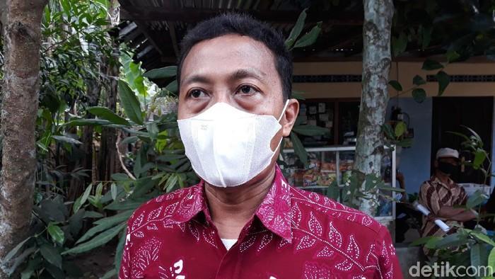 Panewu (Camat) Srandakan Anton Yulianto