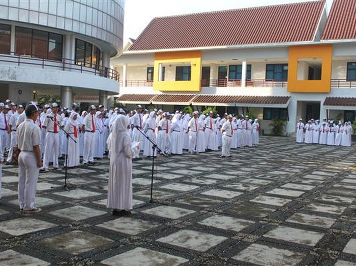 SMAN MH Thamrin Jakarta