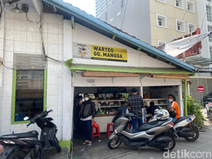 Warteg Gang Mangga, Warteg Legendaris di Jakarta yang Buka Selama 24 Jam