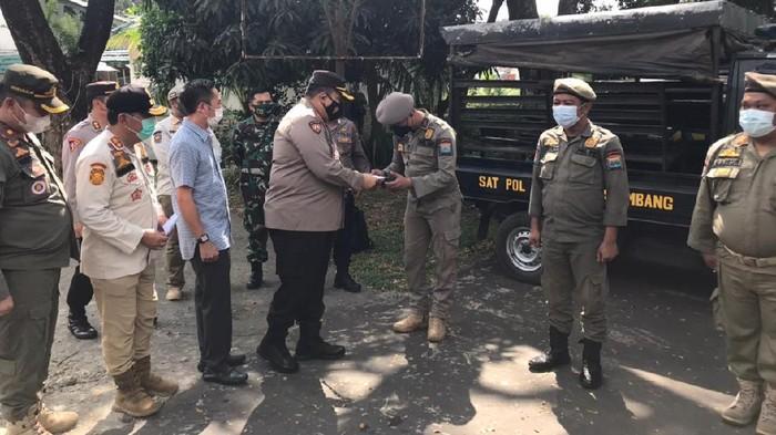 3 Petugas Satpol PP Palembang dapat penghargaan karena selamatkan polantas yang ditusuk
