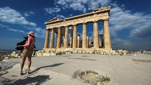 Bangunan bersejarah di Yunani itu kini dilengkapi fasilitas ramah difabel.