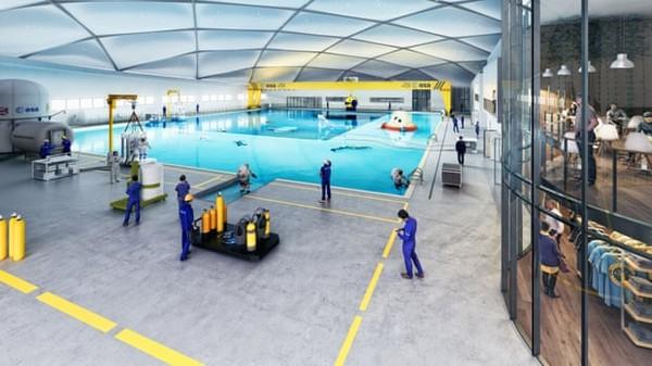 Kolam renang ini mampu menampung 42.000 meter kubik yang sama dengan 17 kolam renang olimpiade atau bahkan 168 juta cangkir teh.(Blue Abyss)